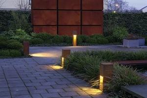 Garden-Lighting -300x200